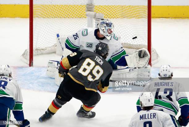 Alex Tuch of the Vegas Golden Knights scores on Jacob Markstrom of the Vancouver Canucks at 16:34 of the second period in Game One of the Western...