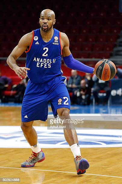 Alex Tyus #2 of Anadolu Efes Istanbul in action during the Turkish Airlines Euroleague Basketball Top 16 Round 1 game between Anadolu Efes Istanbul v...