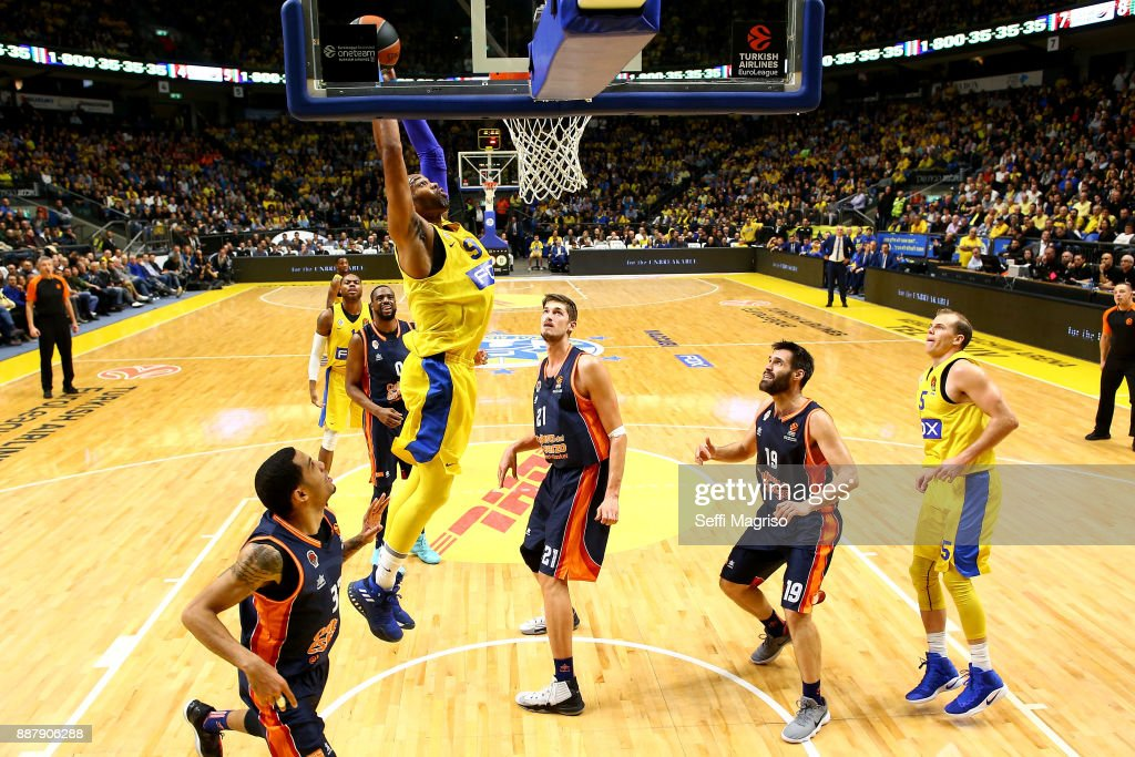 Alex Tyus, #9 of Maccabi Fox Tel Aviv in action during the 2017/2018 Turkish Airlines EuroLeague Regular Season Round 11 game between Maccabi Fox Tel Aviv and Valencia Basket at Menora Mivtachim Arena on December 7, 2017 in Tel Aviv, Israel.