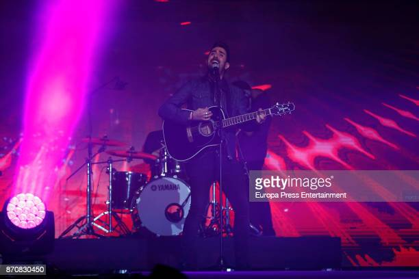 Alex Ubago performs during the concert Cadena 100 por Ellas whose benefits go to the Spanish Association Against Cancer for the fight against breast...
