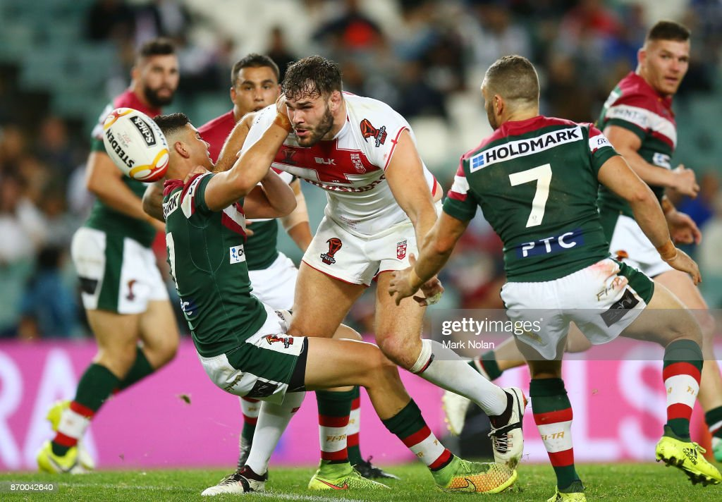 Alex Walmsley of England offloads during the 2017 Rugby League World Cup match between England and Lebanon at Allianz Stadium on November 4, 2017 in Sydney, Australia.