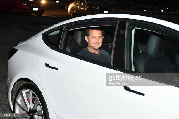 """Alex Winter surprises fans at a drive-in screening of """"Bill & Ted Face The Music"""" at Mission Tiki Drive-in Theater on August 27, 2020 in Montclair,..."""