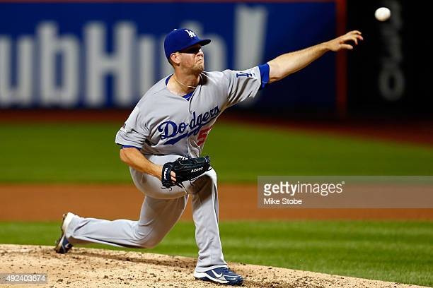 Alex Wood of the Los Angeles Dodgers throws a pitch in the fourth inning against the New York Mets during game three of the National League Division...
