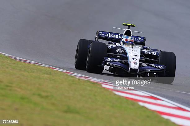 Alex Wurz of Austria and Williams drives during the Chinese Formula One Grand Prix at the Shanghai International Circuit on October 7, 2007 in...