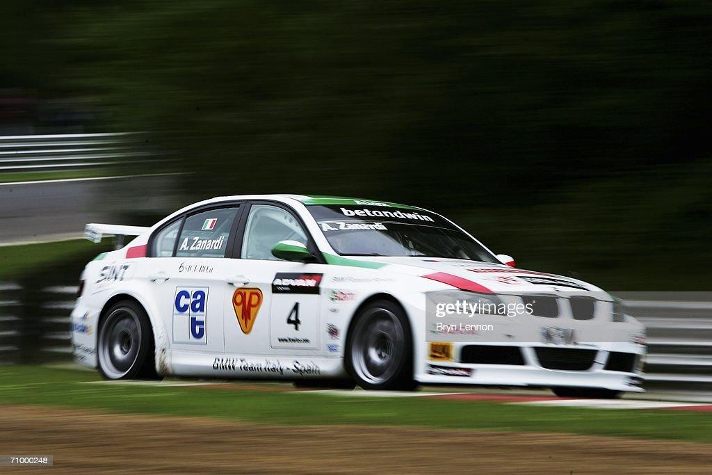 FIA World Touring Cars : News Photo
