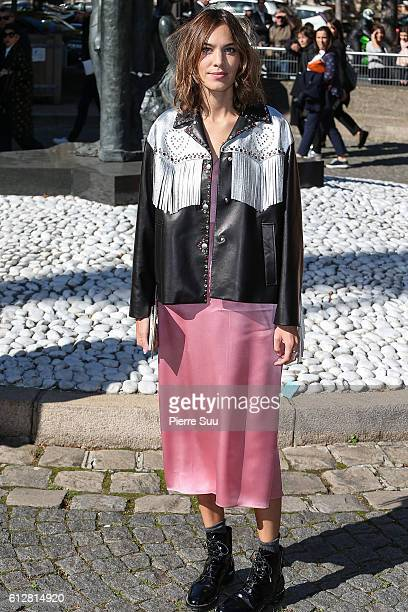 Alexa Chung arrives at the Miu Miu show as part of the Paris Fashion Week Womenswear Spring/Summer 2017 on October 5 2016 in Paris France