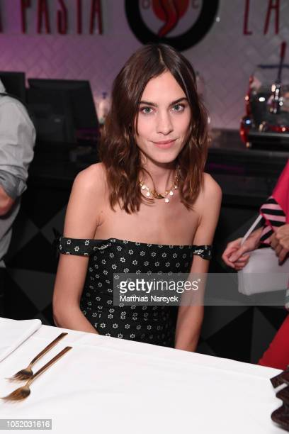 Alexa Chung attends the 'Strike A Pose Weekend En Vogue' event at KaDeWe on October 12 2018 in Berlin Germany