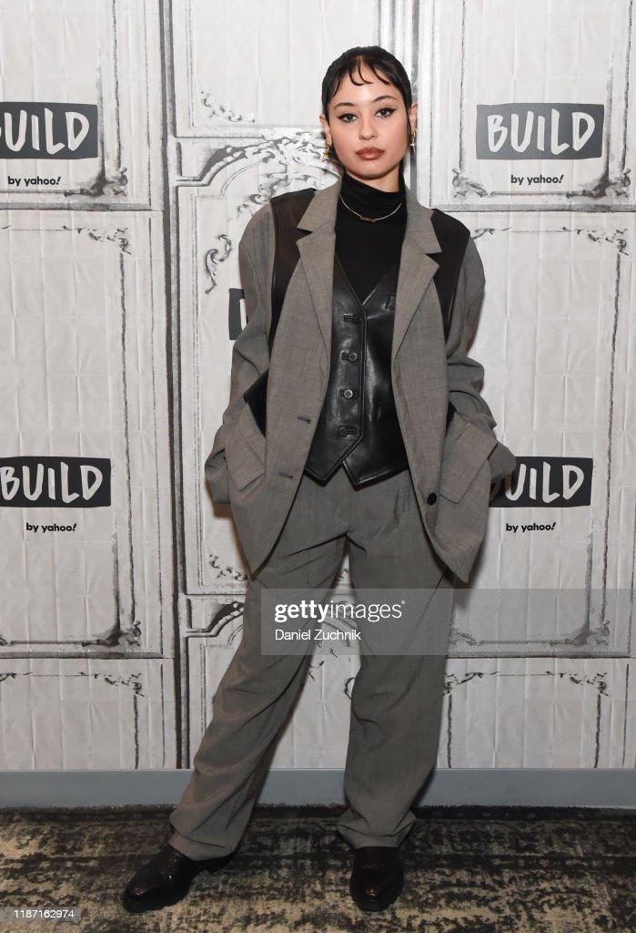 Celebrities Visit Build - November 12, 2019 : News Photo