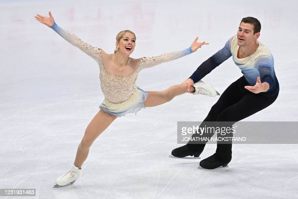 Alexa Knierim and Brandon Frazier of the US perform during the pairs' free skating programme event at the ISU World Figure Skating Championships in...