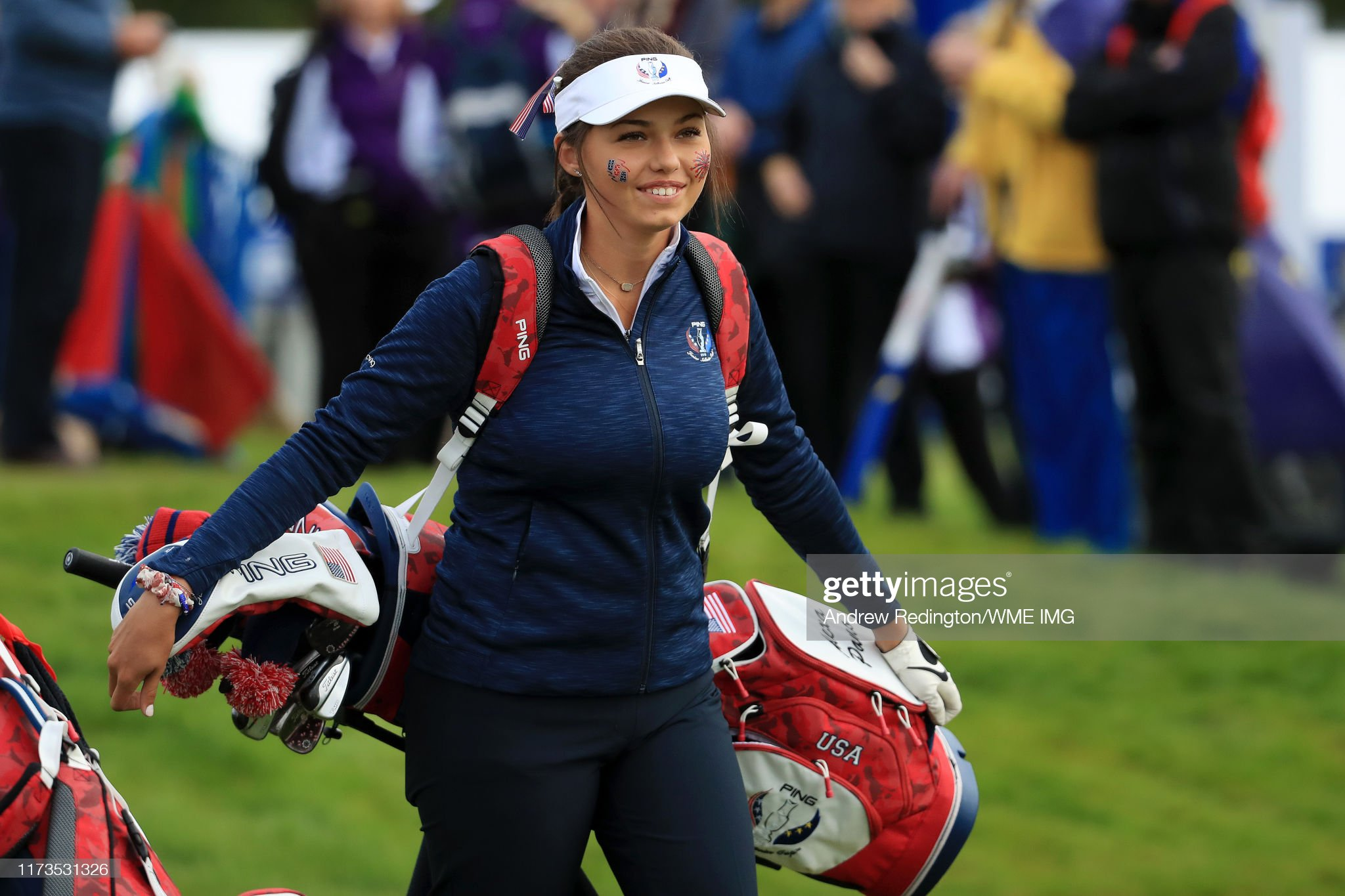 https://media.gettyimages.com/photos/alexa-pano-of-team-usa-walks-off-the-1st-tee-during-the-ping-junior-picture-id1173531326?s=2048x2048