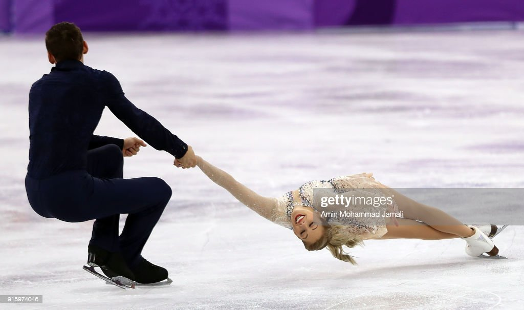 Alexa Scimeca Knierim and Chris Knierim of the United States compete in the Figure Skating Team Event - Pair Skating Short Program during the PyeongChang 2018 Winter Olympic Games at Gangneung Ice Arena on February 9, 2018 in Gangneung, South Korea.