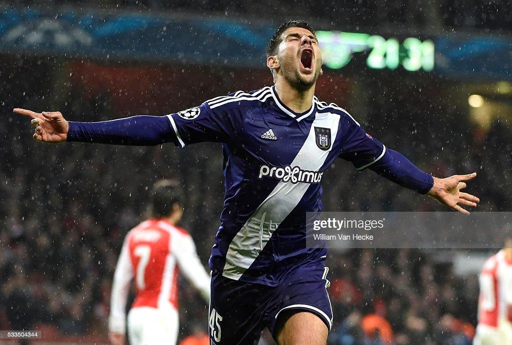 Arsenal v RSC Anderlecht - UEFA Champion League : News Photo