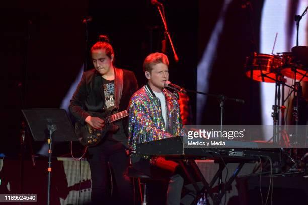 Alexander Acha sang his major hits at Billboard Awards 2019 at Arena Ciudad de México on November 22, 2019 in Mexico City, Mexico.