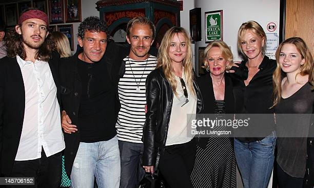 Alexander Bauer actors Antonio Banderas Jesse Johnson Dakota Johnson Tippi Hedren and Melanie Griffith and her daughter Stella Banderas pose at the...