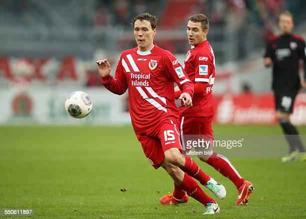 Alexander Bittroff Andre Fomitschow Aktion FC Energie Cottbus zweite Bundesliga Sport Fußball Fussball Stadion der Freundschaft Cottbus Herren DFL...