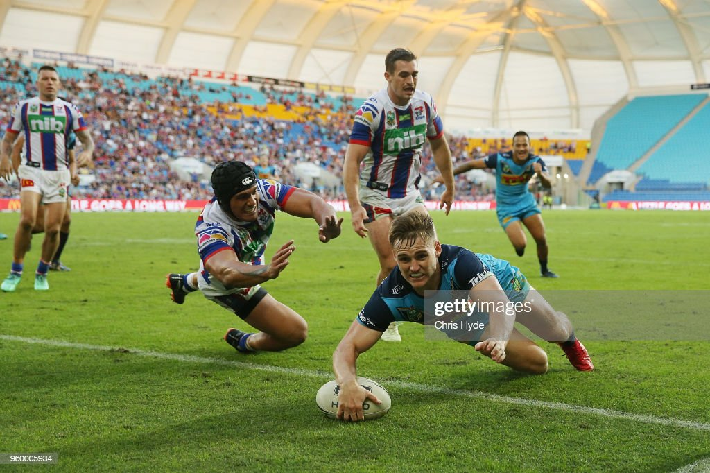 Alexander Brimson of the Titans scores a try during the round 11 NRL match between the Gold Coast Titans and the Newcastle Knights at Cbus Super Stadium on May 19, 2018 in Gold Coast, Australia.