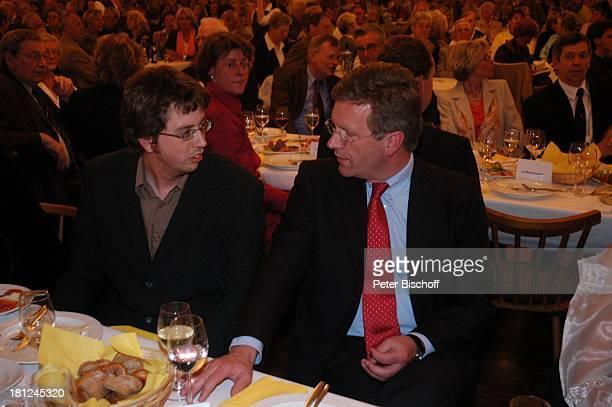 Alexander Carrell Christian Wulff Verleihung des MünchhausenPreises der Stadt Bodenwerder 2005 Buchhagen bei Bodenwerder Deutschland