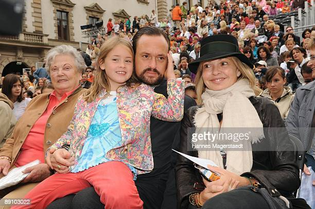 Alexander Count von SchoenburgGlauchau and daughter Latizia Maja von Schoenburg Glauchau attend the Thurn and Taxis castle festival on July 19 2009...