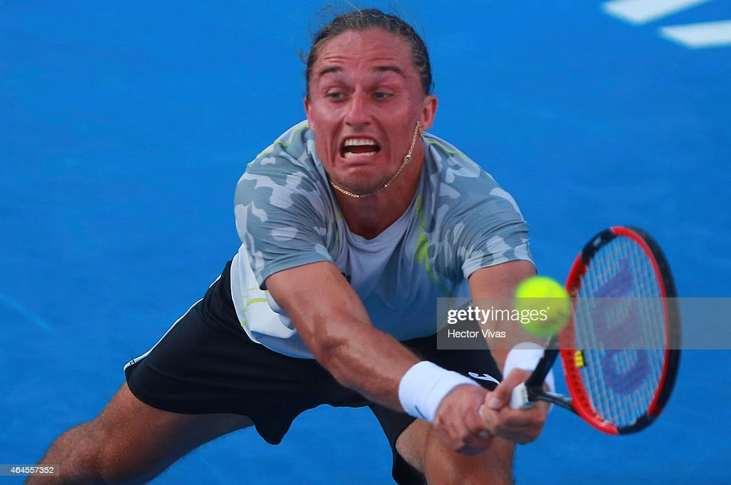 Telcel Mexican Open 2015 - Kei Nishikori v Alexander Dolgopolov : News Photo