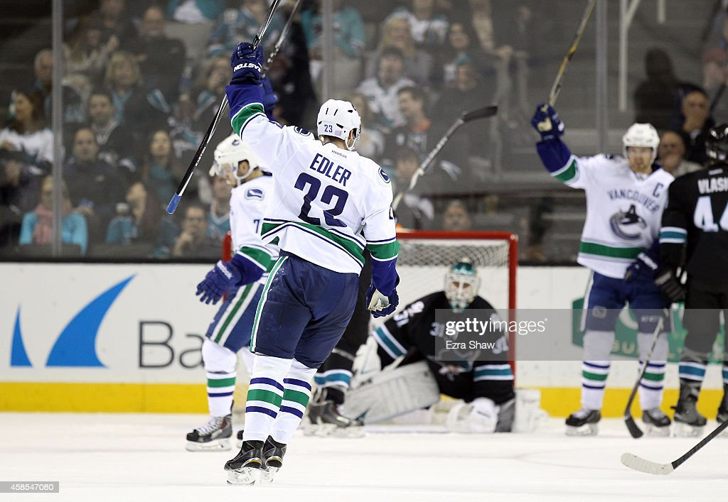 Vancouver Canucks v San Jose Sharks : News Photo