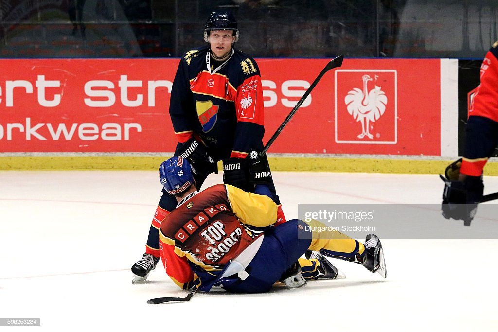 Djurgarden Stockholm v HC Davos - Champions Hockey League : News Photo