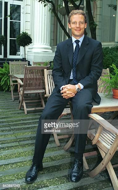 Alexander Falk Vorstandsvorsitzender der ISION Internet AG