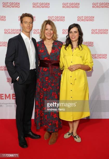 Alexander Fehling director Vanessa Jopp and Nora Tschirner attend the world premiere of the movie Gut gegen Nordwind at Cinedom on September 03 2019...