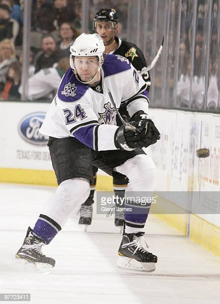 Alexander Frolov of the Los Angeles Kings makes a pass to a teammate against the Dallas Stars on March 12 2010 at the American Airlines Center in...