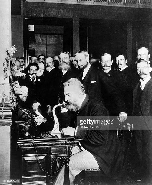 Alexander Graham Bell opened the telephone connection between Chicago and New York 1892