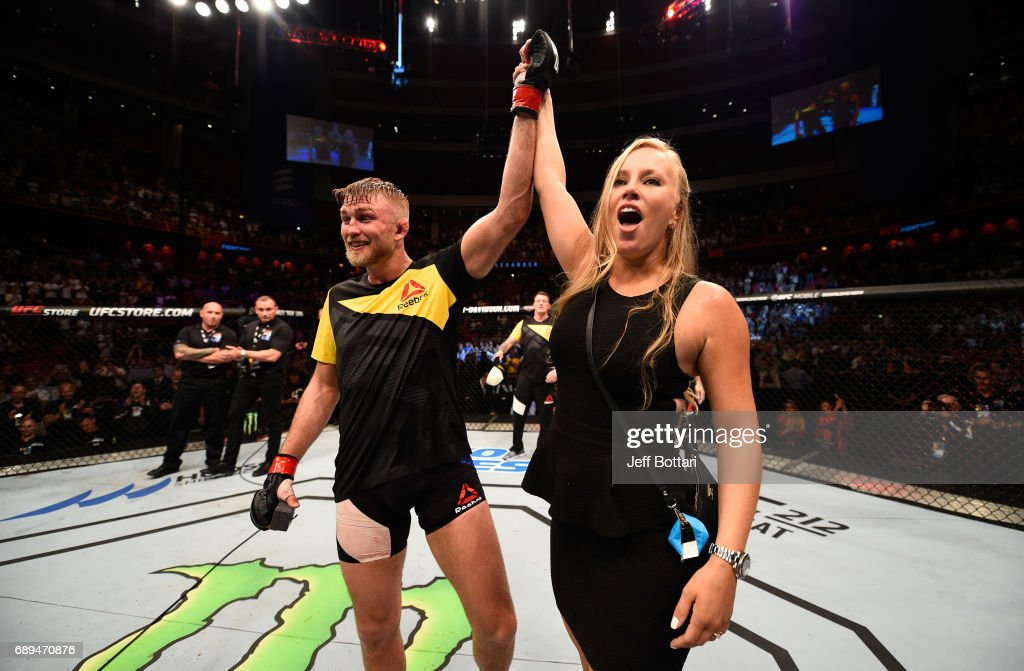 Alexander Gustafsson proposes to his girlfriend Moa Antonia Johansson after his knockout victory over Glover Teixeira in their light heavyweight fight during the UFC Fight Night event at the Ericsson Globe Arena on May 28, 2017 in Stockholm, Sweden.