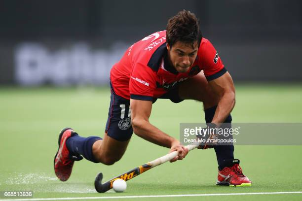 Alexander Hendrickx of KHC Dragons in action during the Euro Hockey League KO16 match between KHC Dragons and Racing Club de Bruxelles at held at HC...