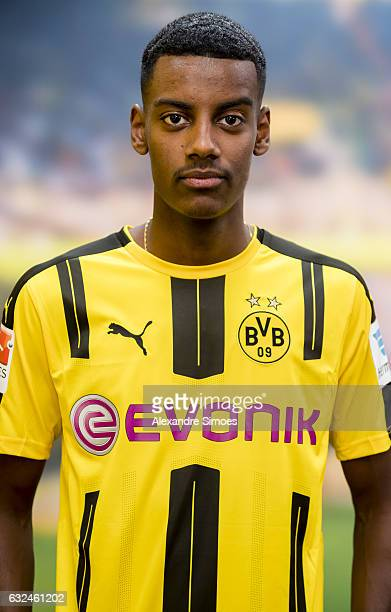 Alexander Isak signs a new contract with Borussia Dortmund on January 23 2017 in Dortmund Germany