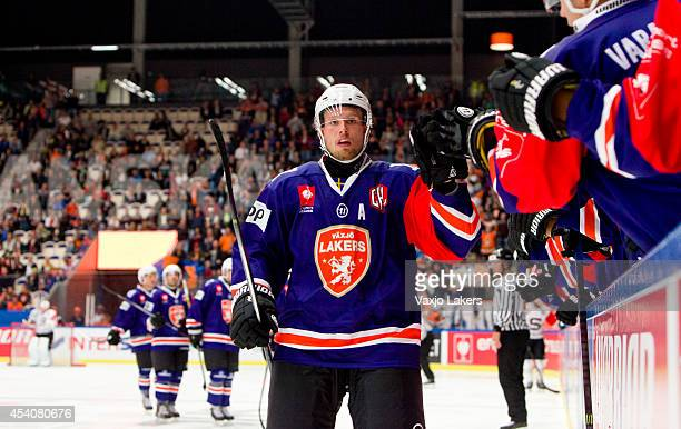 Alexander Johansson of Växjö Lakers celebrates after scoring during the Champions Hockey League group stage game between Vaxjo Lakers and Sparta...