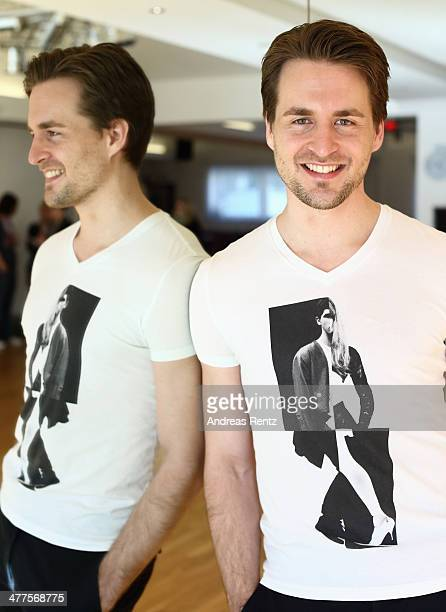 Alexander Klaws poses at a photo call for the television competition 'Let's Dance' on March 10 2014 in Muenster Germany On March 28th the show in...