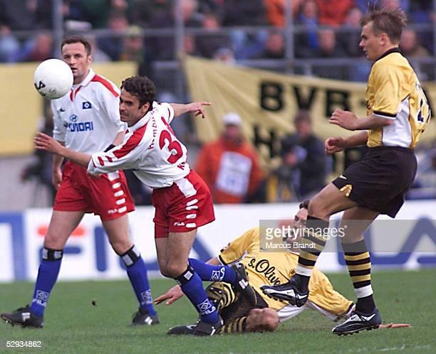 0 Alexander KURTIJAN/Hamburger SV Heiko HERRLICH Vladimir BUT/Dortmund