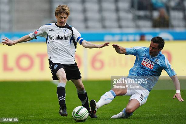 Alexander Ludwig challenges Ruediger Kauf of Bielefeld during the Second Bundesliga match between TSV 1860 Muenchen and Arminia Bielefeld at the...