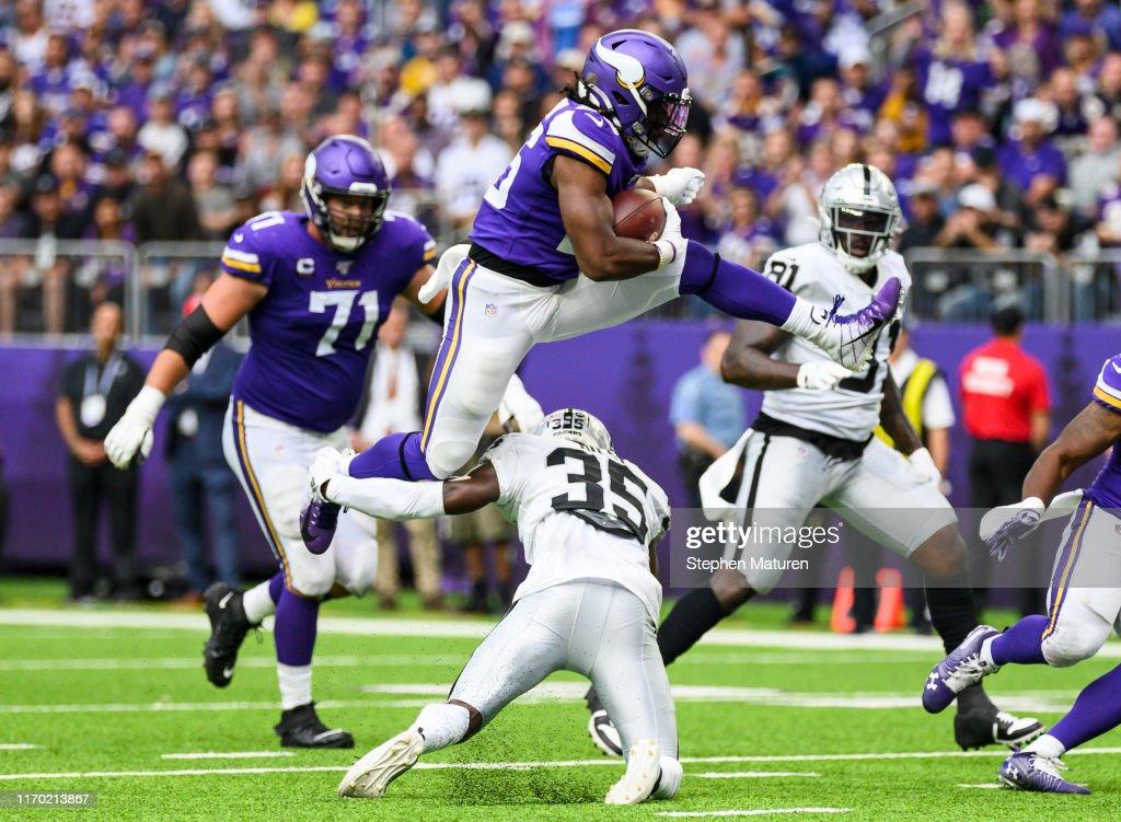 Oakland Raiders v Minnesota Vikings : News Photo