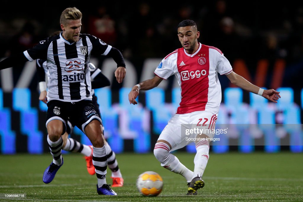 Heracles Almelo v Ajax - Dutch Eredivisie : News Photo