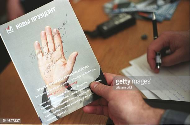 Alexander Milinkiewitsch Politiker parteilos Weissrussland Praesidentschaftskandidat der Opposition Autogramm des Präsidentschaftskandidaten