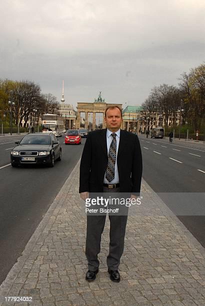 Alexander Nefedov 'Straße des 17 Juni' vor Brandenburger Tor Berlin Deutschland Europa