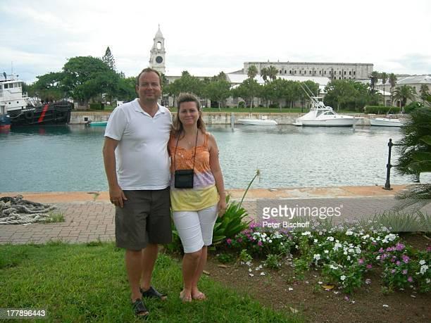 Alexander NefedovSkovitan Ehefrau Anna Roche Bermudas Urlaub E