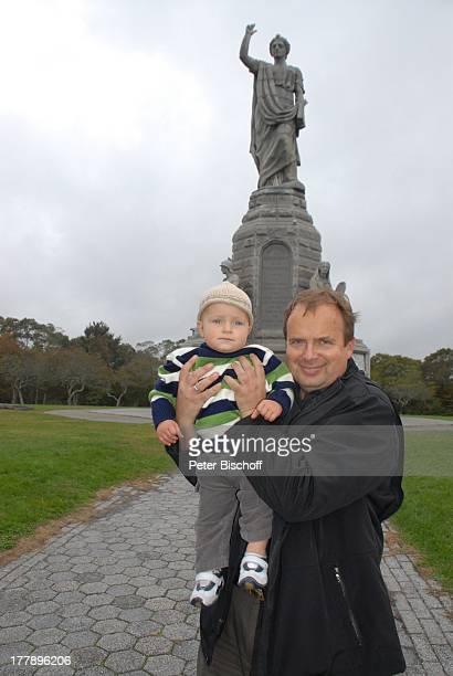 Alexander NefedovSkovitan Sohn George National Monument to the Forefathers PlymouthRock Plymouth Massachussetts Nordamerika USA Amerika Kind