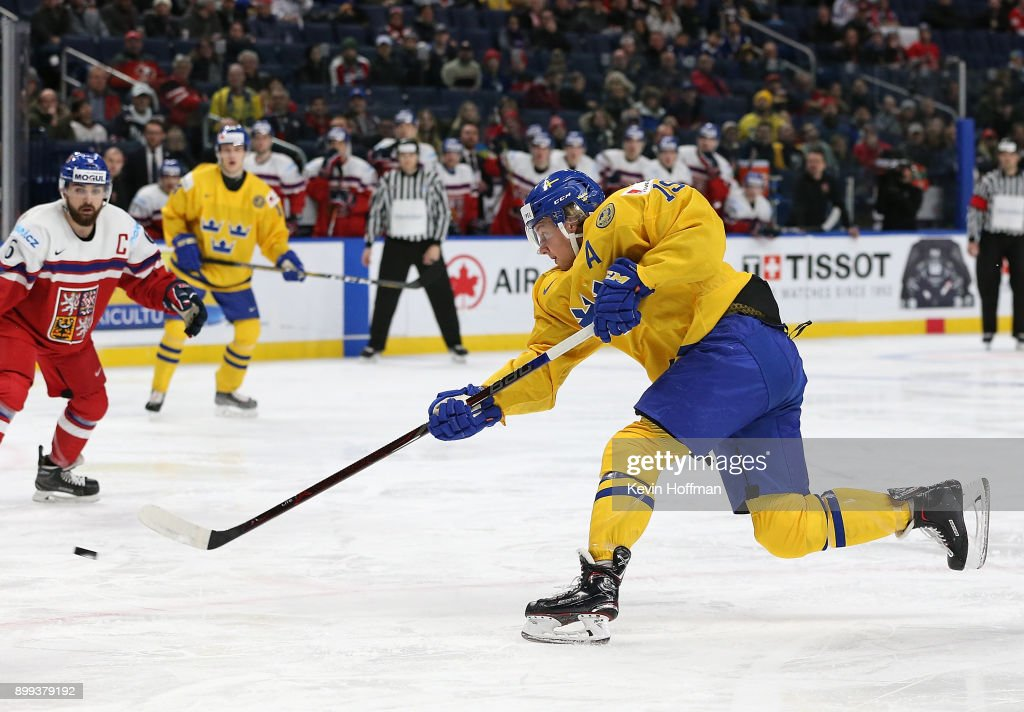 Alexander Nylander #19 of Sweden scores on a slap shot in the third period against Czech Republic during the IIHF World Junior Championship at KeyBank Center on December 28, 2017 in Buffalo, New York. Sweden beat Czech Republic 3-1.