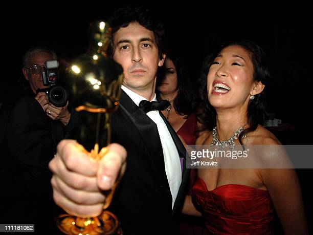 Alexander Payne winner Best Adapted Screenplay for 'Sideways' and wife Sandra Oh