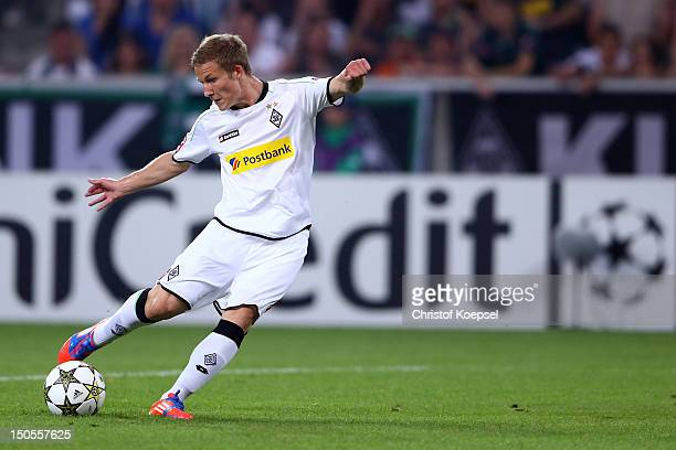 Alexander Ring of Moenchengladbach scores the first goal during the UEFA Champions League playoff first leg match between Borussia Moenchengladbach...