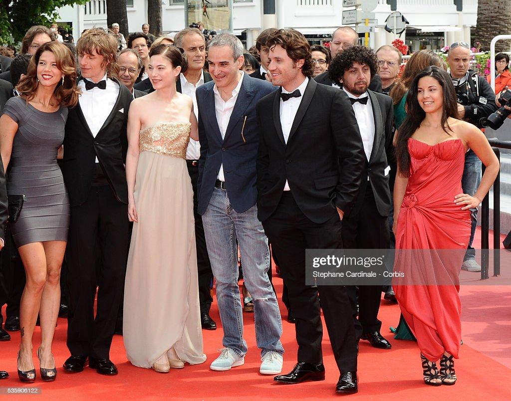 Alexander Scheer, Nora Von Waldstaetten, Olivier Assayas, Edgar Ramirez and a guest attend the 'Carlos' Premiere during the 63rd Cannes International Film Festival.