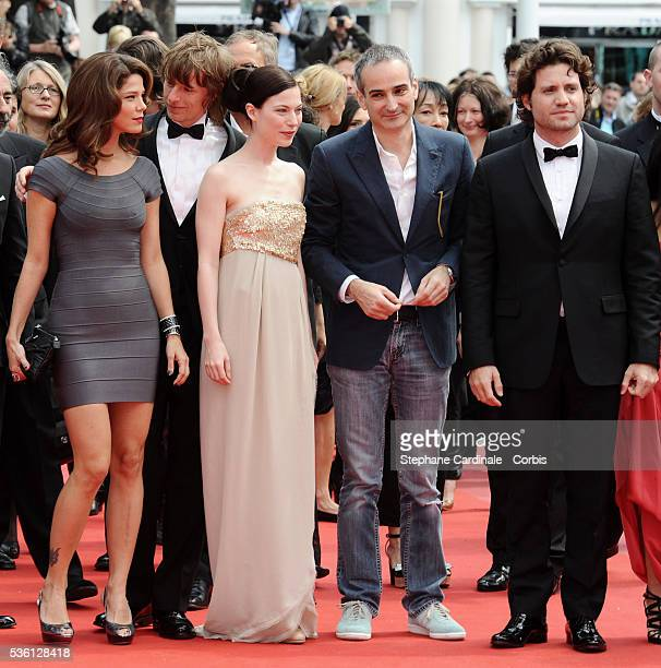 Alexander Scheer Nora Von Waldstaetten Olivier Assayas Edgar Ramirez and a guest attend the 'Carlos' Premiere during the 63rd Cannes International...