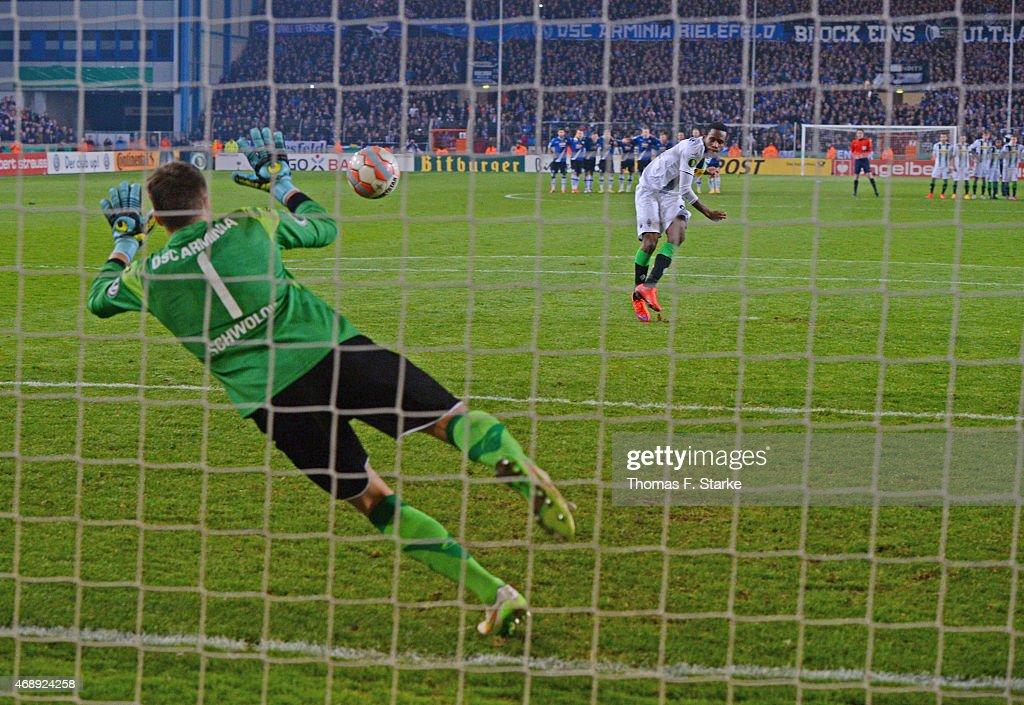 Arminia Bielefeld v Borussia Moenchengladbach - DFB Cup