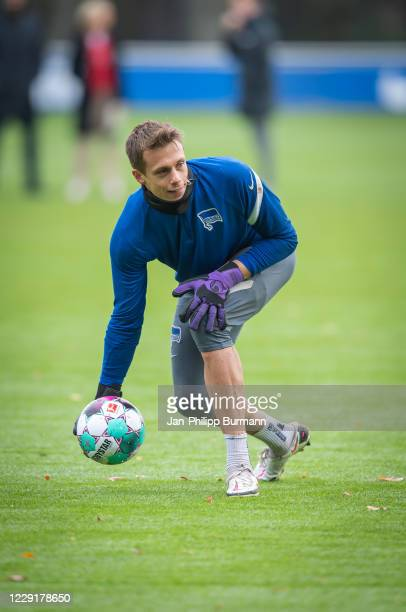 Alexander Schwolow of Hertha BSC during the training session on October 20 2020 in Berlin Germany