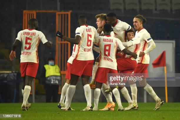 Alexander Sorloth of RB Leipzig celebrates with team mates Yussuf Poulsen , Tyler Adams , Amadou Haidara, Ibrahima Konate and Dayot Upamecano after...